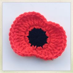 Its that time to year to honour the service men and women of past, present and future and commemorate Armistice day. Armistice Day, also known as Remembrance Sunday is today, the November and …Lest We Forget – A free crochet Poppy Pattern at Blue Moon Knitted Poppy Free Pattern, Crotchet Patterns, Crochet Patterns Amigurumi, Free Crochet, Knitting Patterns, Crochet Gifts, Crochet Stitches, Crochet Sunflower, Crochet Leaves