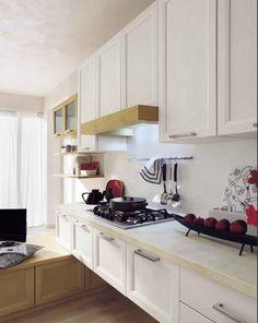 CUCINA 'ASOLO' COMPONIBILE ED ERGONOMICA IN LEGNO DI PINO MASSICCIO - Pensata per chi cerca una particolare cura del dettaglio e una grande versatilità.  #kitchen #pinewood #madeinitaly #furnitures #white #design #cucina #pinomassello  www.demarmobili.it