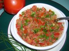 Recette Rougaille tomates (Madagascar) Madagascar Food Recipe, Food Tags, Good Food, Yummy Food, World Recipes, Fabulous Foods, Going Vegan, Easy Cooking, Food Porn