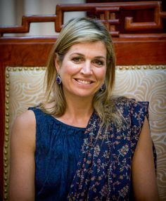 Queen Maxima of the Netherlands visits governor Le Minh Hung of the State Bank of Vietnam on May 31 2017 in Hanoi Vietnam Queen Maxima is in Vietnam...