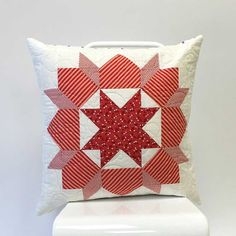 Christmas in July ~ Red & White « modafabrics. Pattern:   Swoon Sixteen by Thimbleblossoms.