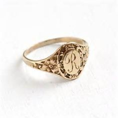 letters in cursive antique 14k gold signet ring lb initials 12305