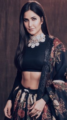 Indian Bollywood Actress, Indian Actresses, Beautiful Indian Actress, Beautiful Actresses, Raveena Tandon Hot, Shraddha Kapoor Bikini, Hot Girls, Katrina Kaif, Bollywood Stars
