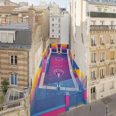 This time, the collaborators enlisted the support of sports brand Nike, to redesign the compact and irregularly shaped site. Pigalle Basketball, Basketball Court, Basketball Jersey, Nike Basketball, Basketball Outfits, Architecture Design, Landscape Architecture, Public Architecture, Architecture Diagrams