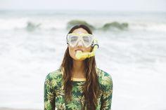 samba de sereia é pras meninas que amam o mar, o surf, a praia... pé na areia, cabelo de sal, mergulho energizante... é pra quem faz da areia quintal, pra quem faz do mar... um lar! ♥ vem ver nas lojas e no e-FARM!