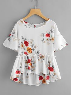 Shop Botanical Print Keyhole Back Frill Hem Babydoll Blouse online. SheIn offers Botanical Print Keyhole Back Frill Hem Babydoll Blouse & more to fit your fashionable needs. Cute Fashion, Fashion Clothes, Fashion Outfits, Women's Fashion, Blouse Fleurie, Casual Outfits, Cute Outfits, Looks Plus Size, Blouse Online