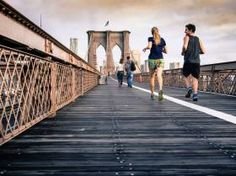 Keep up your workout routine with our tips for staying fit while traveling! From hotel room HIIT to running in a new city, it's easy to workout on the road. Running For Beginners, How To Start Running, Running Tips, Running Shoes, Trail Running, Running Club, Couple Running, Running Music, Running Routine