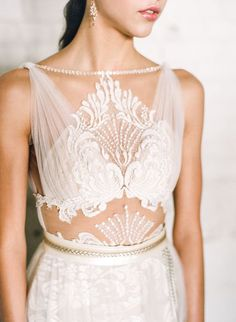 unique lace wedding gown - photo by Connie Whitlock http://ruffledblog.com/industrial-modern-colorado-wedding-inspiration/