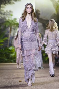 Elie Saab's couture 2016 collection.