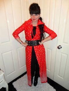 Vintage Designs, Pretty, Blog, Pants, Fashion Design, Dresses, Style, Gowns, Trousers