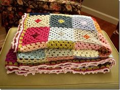 granny squares with dot (Cozy Things)