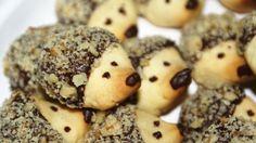 Bu kirpi görünümlü kurabiye tarifleri çok ilginizi çekecek. http://www.kolayyemektariflerin.com/search/label/Kurabiye%20Tarifleri