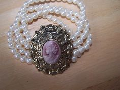 Vintage Gorgeous pearls cameo bracelet by goodfindsfrommiami, $9.99