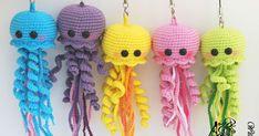 Предлагаем схему вязания веселых медуз амигуруми от Ольги Федоренко. [Ссылка...] на описание. Чтобы перейти к описанию, кликаем по ...