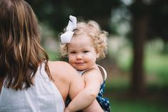 Jennings King Photography | Hollywood | SC | Lifestyle Session | Large Oak Tree | Charleston Family Photographer | 18 Month Old Little Girl