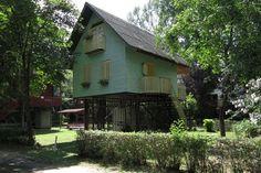 Világháló – Furcsa házaival lett világhírű egy magyar falu