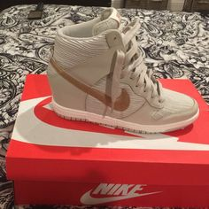 Nike wedge sneaker! Super cute never worn! Nike Shoes Sneakers