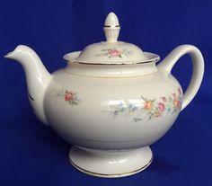 1945 Homer Laughlin Ferndale Teapot With Lid Eggshell Nautilus Pattern HLC VTG #HomerLaughlin #EggshellNautilus