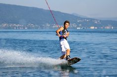Wake The Best - ecole de wakeboard, wakesurf, Ski nautique lac d'Annecy