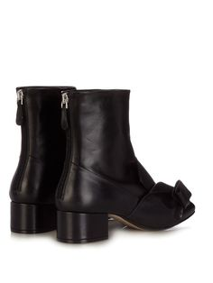 No. 21 Bow leather ankle boots