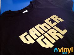 GAMER GIRL playera estampada con vinyl dorado