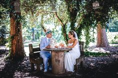 See Forest Hill Park, a beautiful Middle Georgia park wedding venue. Find prices, detailed info, and photos for Georgia wedding reception locations. Georgia Wedding Venues, Wedding Reception Locations, Forest Hill Park, Forest Hills Drive, Wedding Fair, Bridal Salon, Whimsical Wedding, Park Weddings, Outdoor Ceremony
