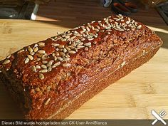 Blitz-Eiweißbrot - New Site Low Carb Recipes, Bread Recipes, Protein Bread, Pumpkin Recipes, Bread Baking, Diy Food, Blitz, Banana Bread, Delicious Desserts