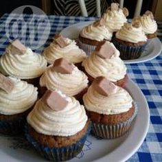 Muffiny kawowo-cynamonowe z czekoladą i kremem mascarpone @Allrecipes.pl http://allrecipes.pl/przepis/10577/muffiny-kawowo-cynamonowe-z-czekolad--i-kremem-mascarpone.aspx