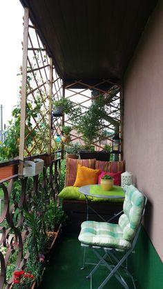 balkon ideen Kleiner Balkon Neslihan can Dekoration Kleiner Balkon Neslihan kann Dekoration Small Balcony Decor, Small Balcony Garden, Balcony Plants, Balcony Design, Apartment Balcony Decorating, Apartment Balconies, Apartment Ideas, Outdoor Spaces, Outdoor Living
