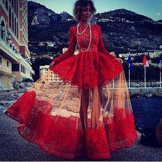 ✦⊱ɛʂɬཞɛƖƖą⊰✦luv that. Red is my favorite color. Stunning.