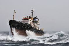 visual story pilot — President Hubert in rough weather by Jan Berghuis. Riders On The Storm, Ocean At Night, Sea Storm, Ship Paintings, Merchant Marine, Boat Art, Stormy Sea, Old Boats, Ship Art
