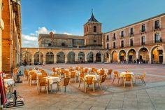 Avila, Castile la Mancha, Spain #travel #castilla