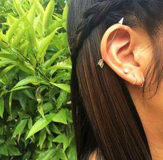 ✧ ⟣ ß r o o k ℮ ⟢ ✧ Spiderbite Piercings, Daith Piercing, Piercing Tattoo, Plugs Earrings, Peridot Earrings, Diamond Hoop Earrings, Industrial Piercing Jewelry, Tattoos, Leaving School
