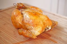 This fool-proof recipe for Weeknight Roast Chicken from the folks at America's Test Kitchen is the best way to cook chicken! Meat Recipes, Chicken Recipes, Healthy Recipes, Healthy Food, Fish Recipes, Turkish Recipes, Romanian Recipes, Scottish Recipes, Perfect Roast Chicken
