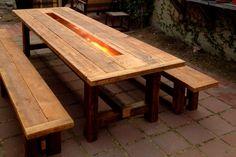 table à manger de style ferme avec banc