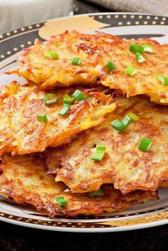 Crispy German Potato Pancakes - Pahl's Market - Apple Valley, MN - Awesome Food and Recipes - Patato Potato Dishes, Vegetable Dishes, Vegetable Recipes, Food Dishes, Vegetarian Recipes, Cooking Recipes, Healthy Recipes, Potato Meals, Potato Food