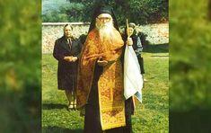 """""""Nu se pun două nume la Botez în veac. Numai unul și ortodox!"""" – Părintele Cleopa"""