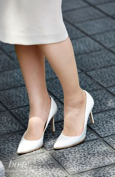 Asian Fashion, Girl Fashion, Female Feet, Beautiful Asian Women, High Class, Kate Middleton, Asian Woman, High Heels, Pumps