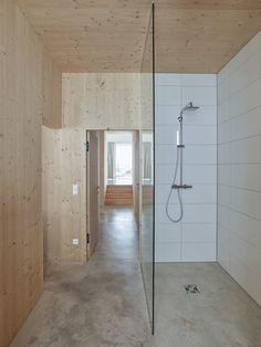 La Casa Pequena Modern Home in Oaxaca, Oaxaca, Mexico by Aránzazu De… on Dwell Shower Floor, Walk In Shower, Modern Bathroom Design, Bathroom Interior, Showers Without Doors, Gable House, Open Showers, Timber House, Best Bath