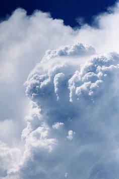 入道雲 - Nyuudougumo/Cumulonimbus (Japan) by arixxx+++ Storm Clouds, Sky And Clouds, Tornados, Cumulonimbus Cloud, Weather Cloud, Natural Phenomena, Beautiful Sky, Amazing Nature, Mother Nature