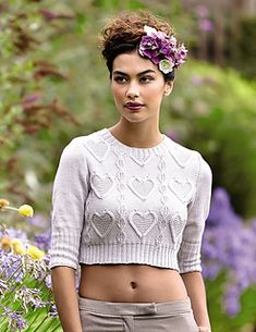 "Photo from album ""пуловер Jonquille, Summerlite Collection"" on Yandex. Teen Crop Tops, Cute Crop Tops, Summer Sweaters, Sweaters For Women, Bauchfreier Pullover, Tops Boho, Rowan Yarn, Crop Top Sweater, Heart Sweater"