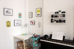 Living With Kids: Jenni Fuchs ⋆ Design Mom Ikea Raskog, New Things To Learn, Jenni, Lifestyle Blog, Office Desk, Kids, Furniture, Design, Home Decor