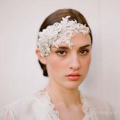 """Мереживний ободок для весільної зачіски з кристалами Swarovski """"Валенсія"""" - Інтернет-магазин ексклюзивної весільної та вечірньої біжутерії Lioness"""