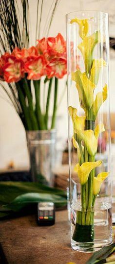 flowers-inside-the-vase