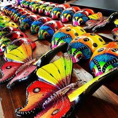 Butterflies #Butterfly #Mariposa #MexicanGarden #GardenDecor #garden #HoustonTexas Mexican Garden, Butterfly, Ethnic Recipes, Design, Old Town, Butterflies