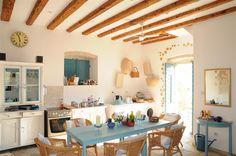 white + blue + wood (Jolly kitchen)