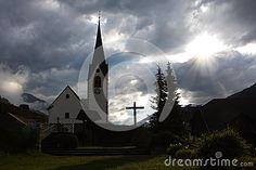 igreja-da-montanha-27057598.jpg (400×267)
