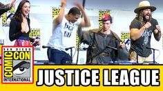 JUSTICE LEAGUE Assemble At Comic Con - Ben Affleck, Gal Gadot, Ezra Mill...
