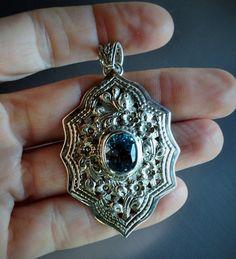 D.S. 925 Thailand, vintage blue topaz pendant.925 sterling silver  by Emmalishop