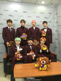 [Picture/Video] Stars trend chart & Weibo kpop Posted a Photo Interview With BTS at The 5th Gaon Chart K-POP Awards [160217]